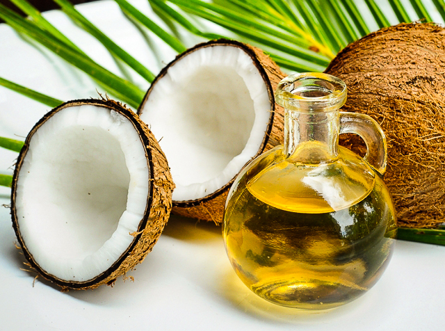 Here Are The Top 6 Edible Oils From Your Kitchen That Is Useful For Your Skin! 7